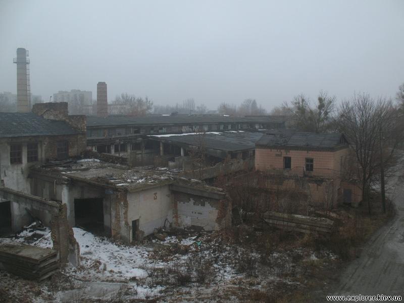 Территория завода