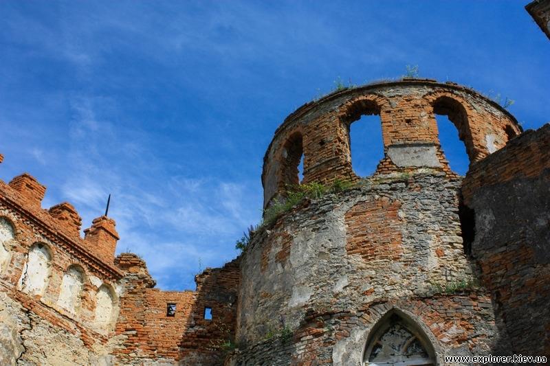 Руины на территории крепости