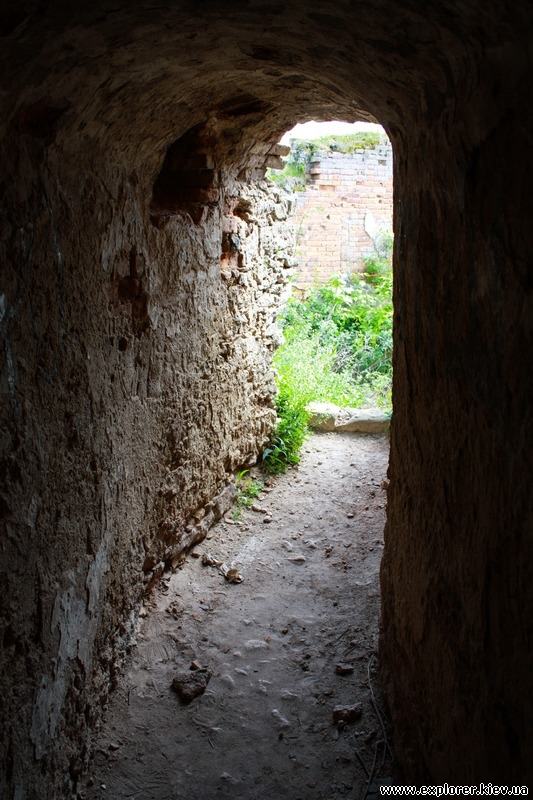 Туннель в башню
