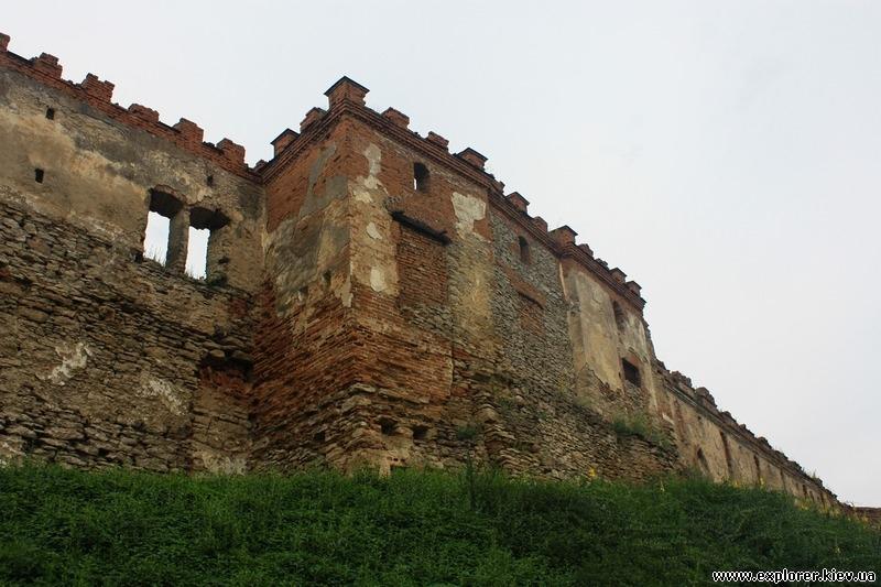 Еще фрагмент стены