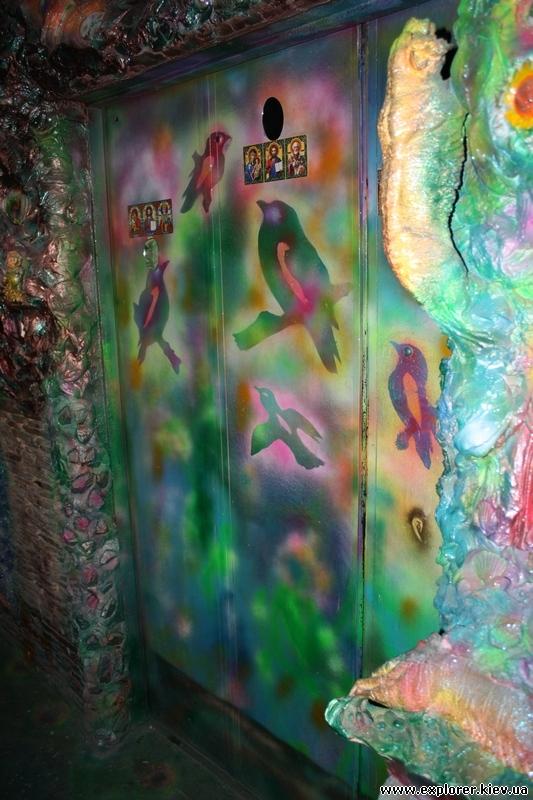 Двери лифта сказки