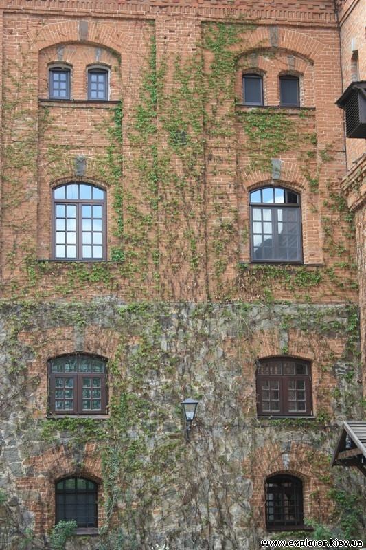 Стена замка Радомышль