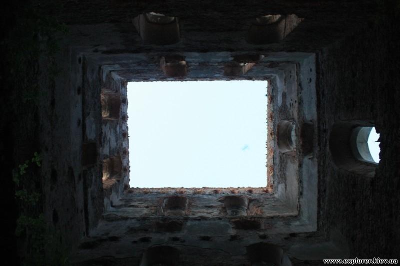 Вид на небо из башни