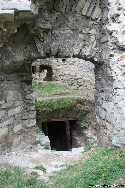 Вход в подземелье замка