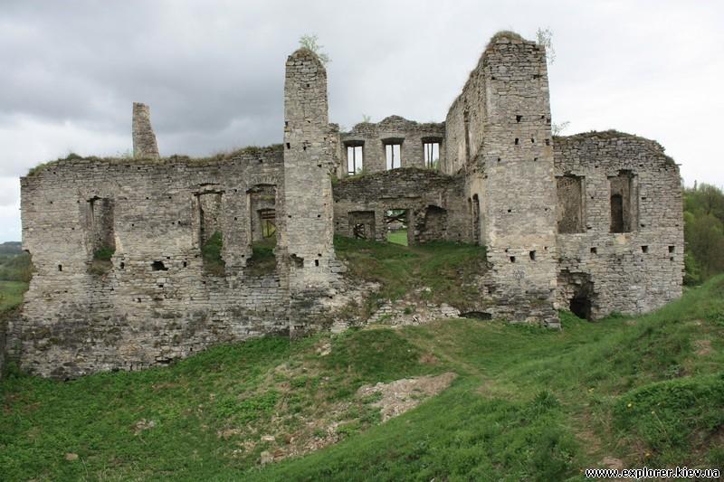 Скала-Подольский Дворец