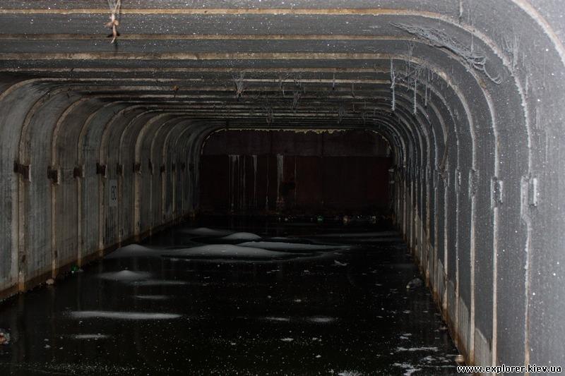 Вода в туннеле