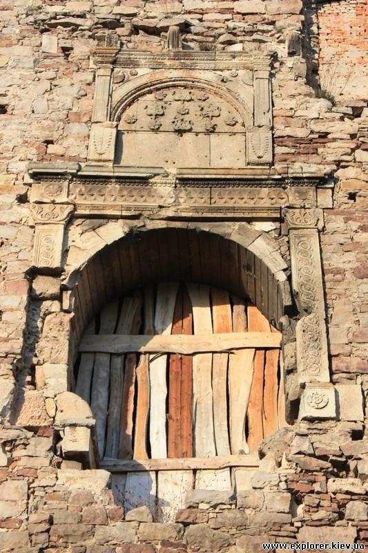 Замурованные ворота