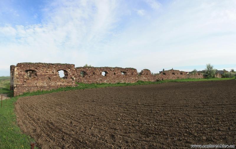 Панорама на стены замка