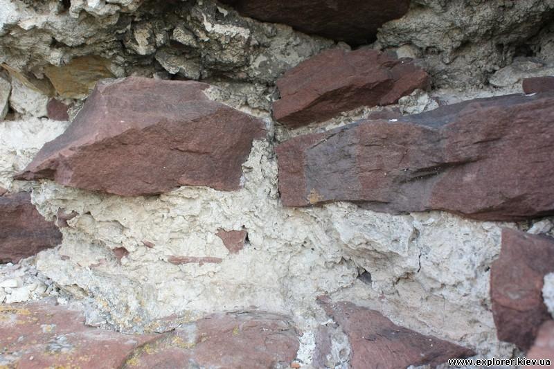 Каменная структура стены