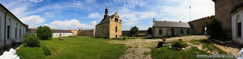 Панорама с видом на церковь и крепость