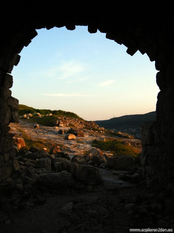 Арка крепости Каламита