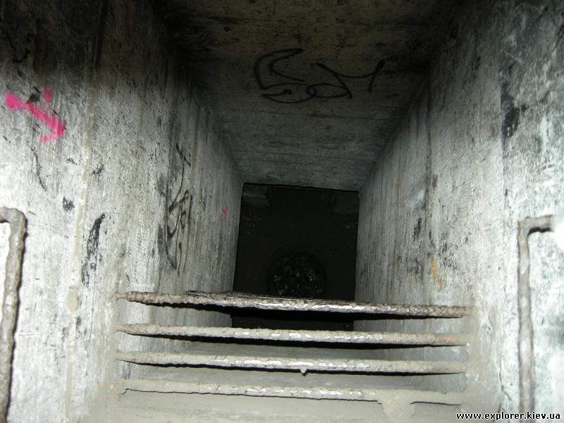 Лестница на -2 этаж