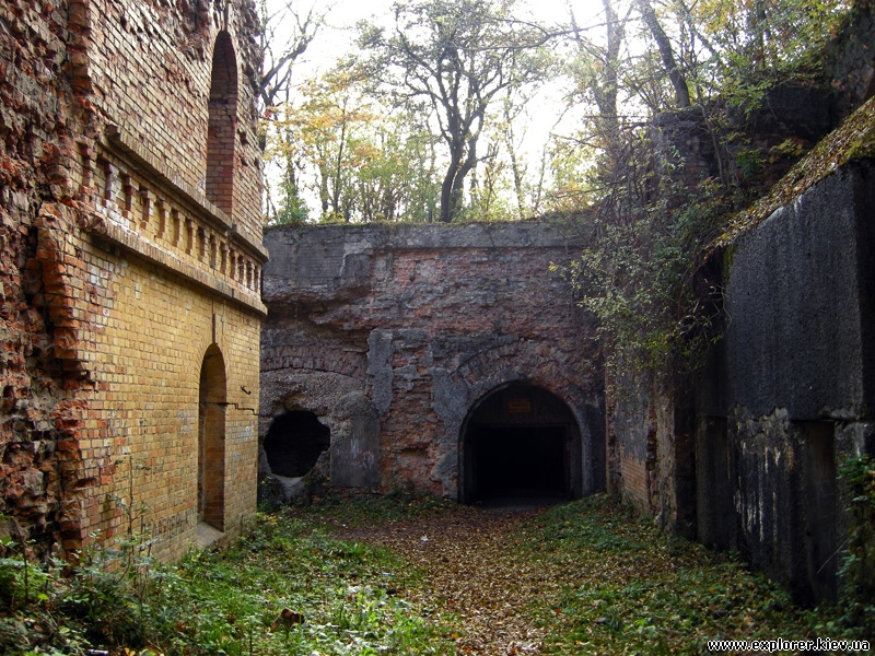Ходы Таракановского форта