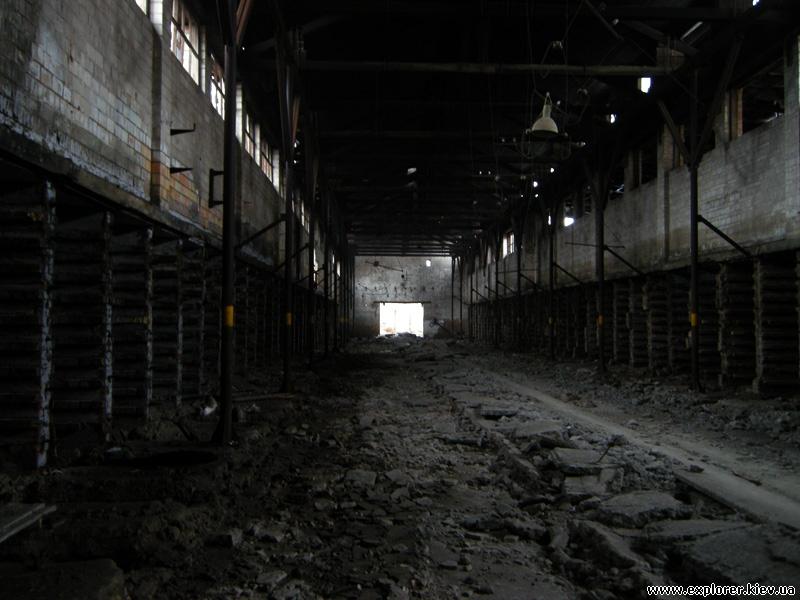 Заброшенный кирпичный завод